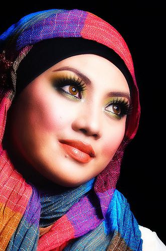 Oh! Wanita, Cantik, Bisnes & Diariku